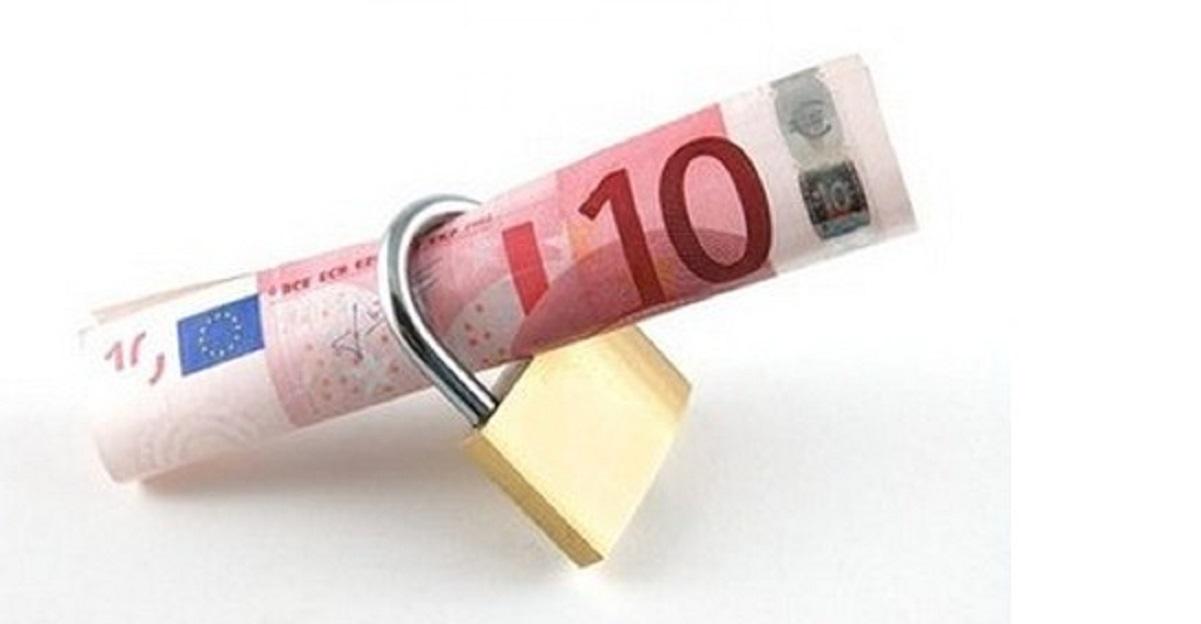 Ecco come si combatte l'evasione fiscale: tasse al minimo e galera per gli evasori