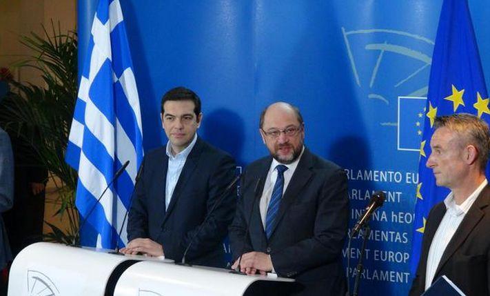 Iniziano i RICATTI dell'Europa alla Grecia di Tsipras...Un gioco sporco per impaurire la democrazia!LEGGI