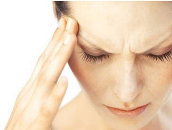 Ecco come è possibile alleviare il mal di Testa con rimedi naturali