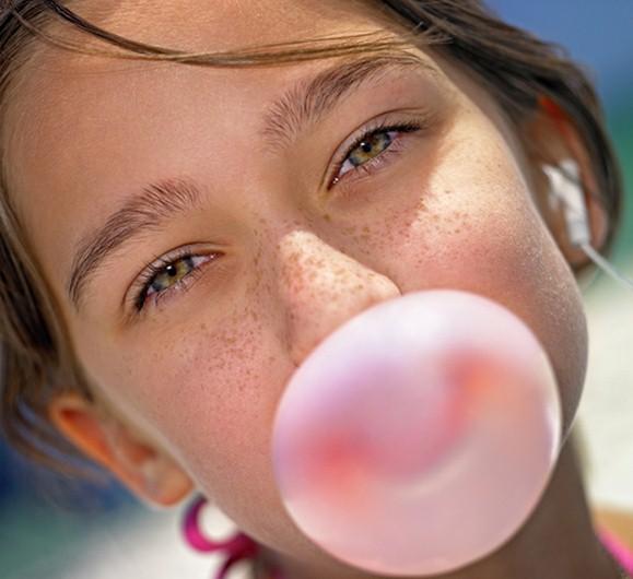 ATTENZIONE!Le chewing gum contengono butilidrossianisolo,un additivo nocivo.Ecco quali