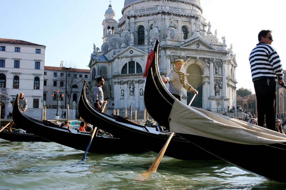 Cosa visitare a Venezia giro gondola