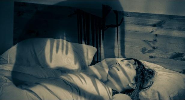 Mai sentito parlare di paralisi nel sonno? Ecco cos'è veramente e cosa succede
