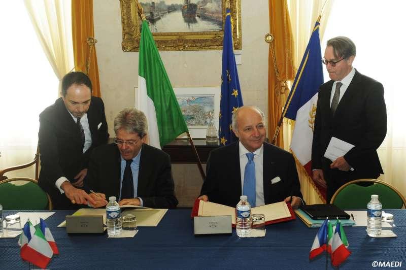 Perché Gentiloni ha regalato giacimenti di petrolio alla Francia?