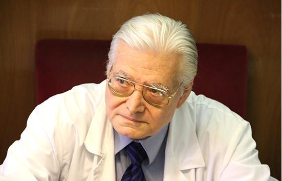"""Giuseppe Di Bella:""""Ecco come truffarono mio padre e boicottarono la cura"""""""