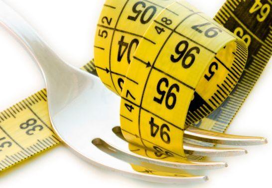 Ecco i cibi più utili a dimagrire...  15 alimenti BRUCIARE-GRASSI! SCOPRITELI...