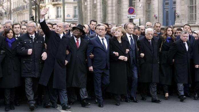 """Il BLUFF dei """"Grandi della terra"""".Hanno finto di partecipare alla manifestazione a Parigi. Guarda la foro VERA"""