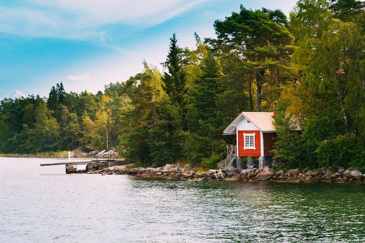 La Finlandia offre vacanze gratis per insegnarti l'arte della felicità finlandese