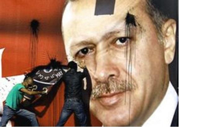 In Turchia, se indaghi sull'Isis finisci impiccato nella toilette