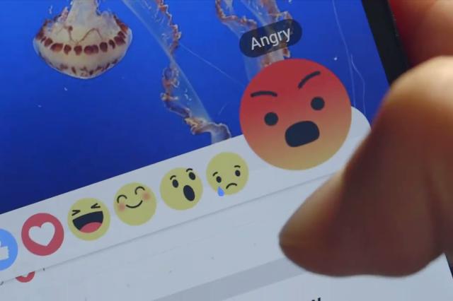 """L'allarme della polizia:""""Non usate le reazioni di Facebook"""".Ecco perchè"""