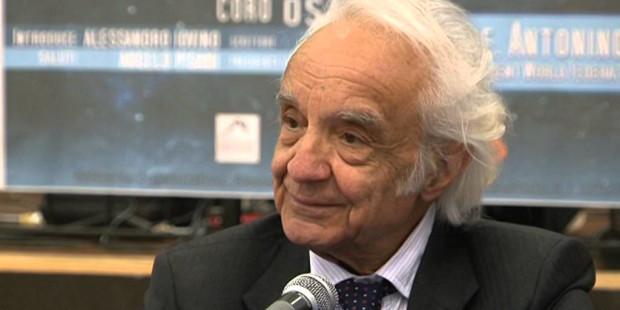 """Zichichi: """"la scienza è la prova che siamo figli di una logica non del caos"""""""
