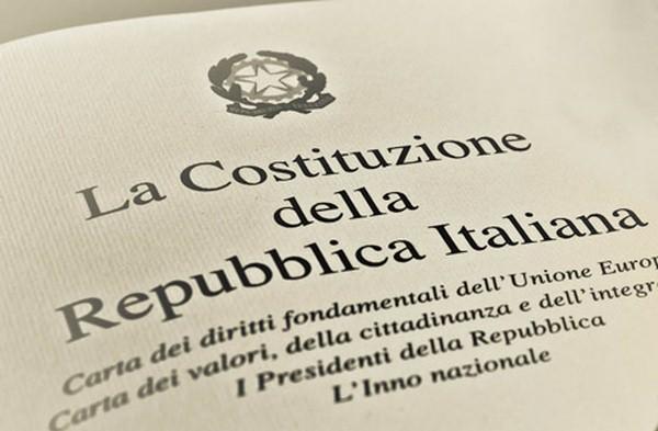 Basterebbe applicare gli Articoli 2,3 ,4 della Costituzione per salvare l'Italia
