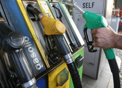 Arriva il bonus carburanti,ma non è per tutti gli italiani,ecco chi può richiederlo