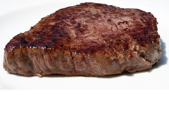 Alimentazione sana:mangiare una bistecca bruciata equivale a 600 sigarette