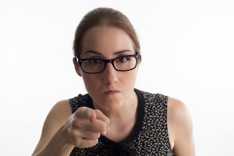 Le donne che sono spesso di cattivo umore hanno grandi virtù secondo la scienza