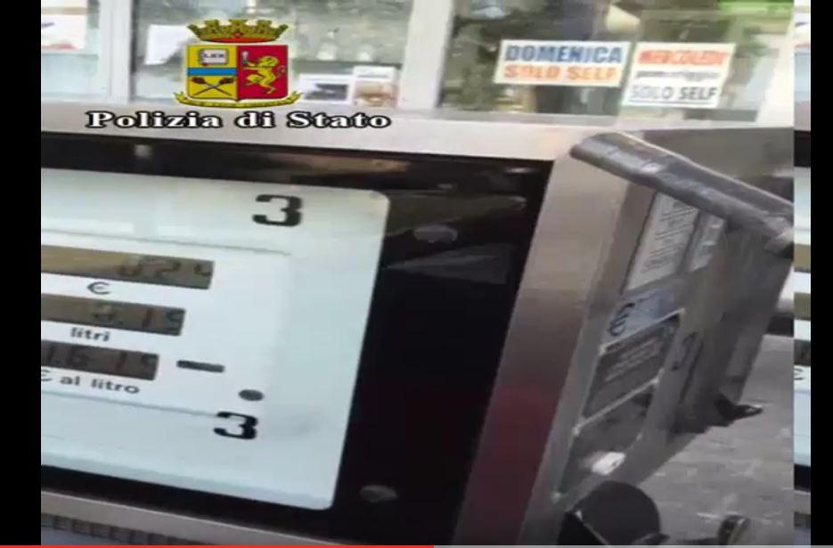 Pensi che il distributore di benzina ti eroga ciò che paghi?Spesso non è così.Ecco le truffe sul carburante