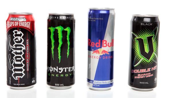ATTENZIONE!Gli Energy Drinks sono pericolosi per l'organismo,a causa di caffeina e taurina