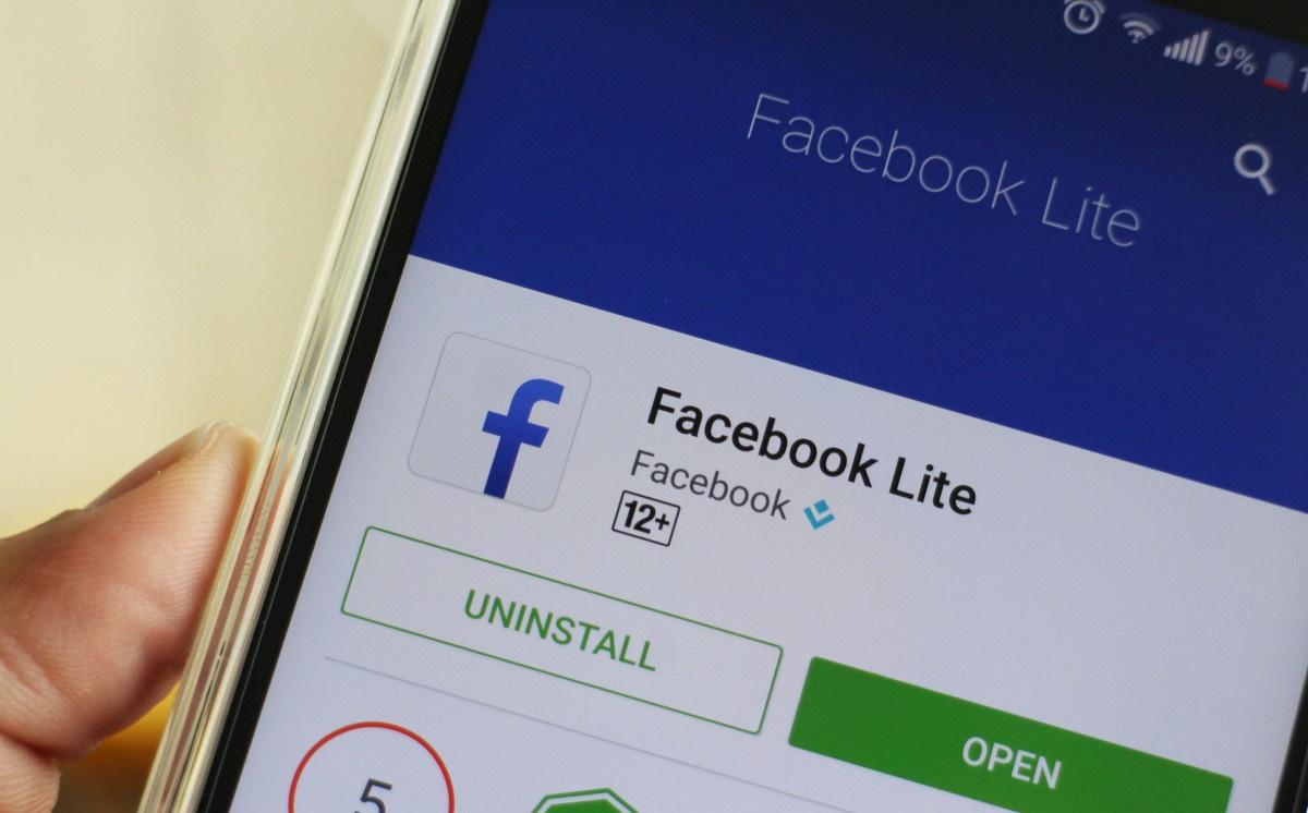 Connessione lenta?Smartphone troppo vecchio?Arriva Facebook lite,la versione leggera dell' app