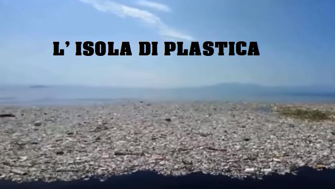 Nell'Oceano Pacifico galleggia un'isola di plastica grande 3 volte la Francia