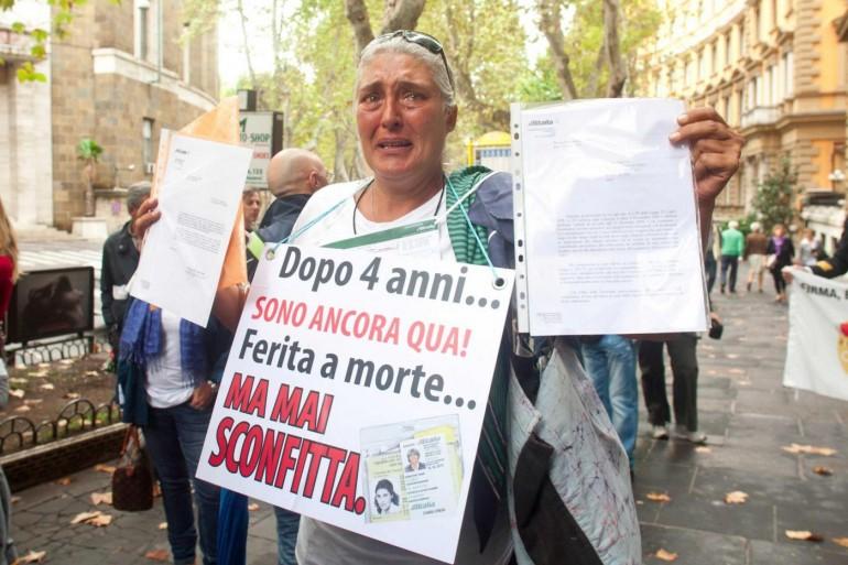 """Rapporto ISTAT: """"in Italia oltre 2 milioni di famiglie senza reddito.Peggio di noi solo la Grecia"""""""