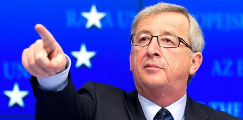 """Juncker: """"gli elettori del NO sono dei populisti irresponsabili,viviamo in tempi pericolosi"""""""