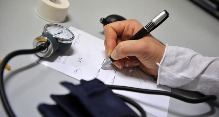 Anche un dipendente in malattia può essere licenziato, lo prevede la legge. Ecco in quali casi
