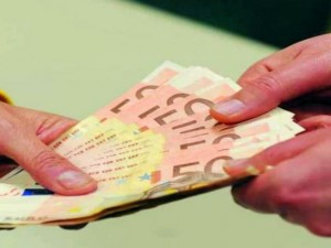 Corruzione:Italia prima in Europa con 60 miliardi di euro (la metà del totale UE)