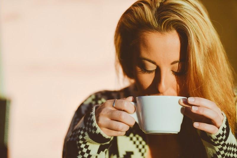 Ho bevuto miele, limone e acqua calda ogni mattina per un anno. Ecco cosa mi è successo.