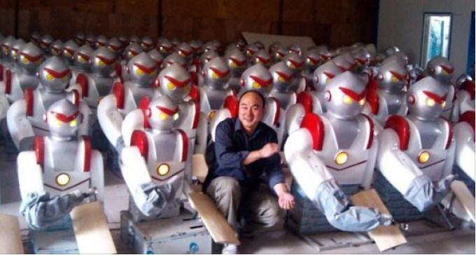 """Operai licenziati, meglio i robot. Ecco l'azienda che lo ha fatto.Ha inizio la """"quarta rivoluzione industriale"""""""