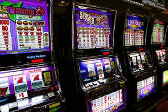 Slot Machine:La grande truffa.Ecco chi vince e chi c'è dietro.IL VIDEO