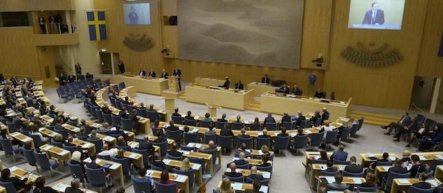 Il governo svedese respinge la mozione sulle vaccinazioni obbligatorie perché violano la Costituzione