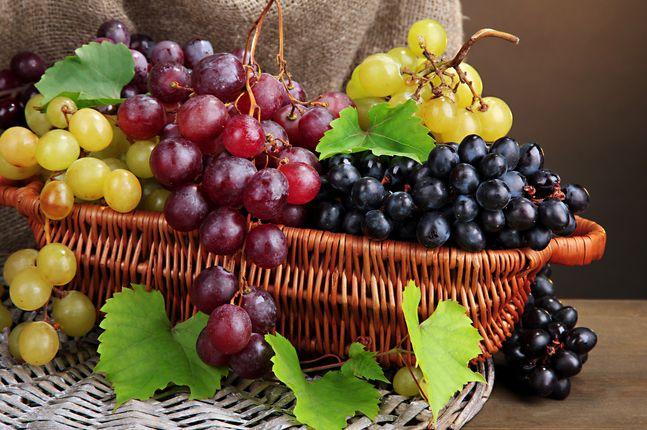 Depura,Ringiovanisce,Rafforza e non solo... Ecco tutti i benefici dell' uva!SCOPRITELI