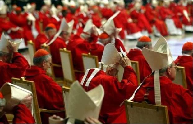 Quanto incassa un cardinale?Un vescovo?E il Papa?Gli stipendi del clero