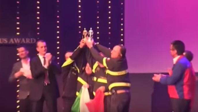 Germania: I Vigili del Fuoco italiani premiati come i migliori pompieri al mondo. IL VIDEO