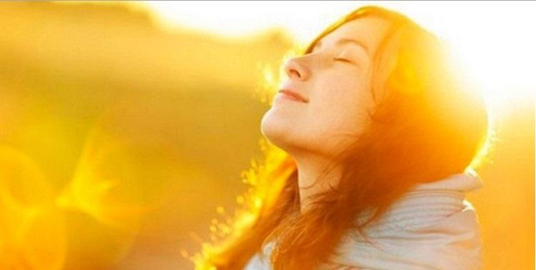 La vitamina D innescata dal sole (e non solo) è il miglior antidepressivo naturale.Ma nessuno lo deve sapere...