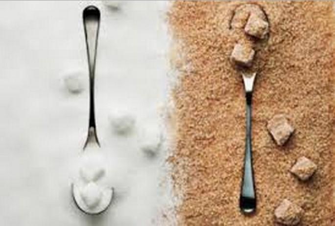 Lo zucchero bianco è trattato con anidride carbonica e acido solforoso