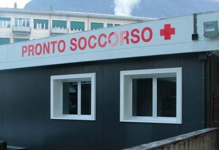 pronto soccorso ospedale di Sondrio, insulti razzisti madre nigeriana