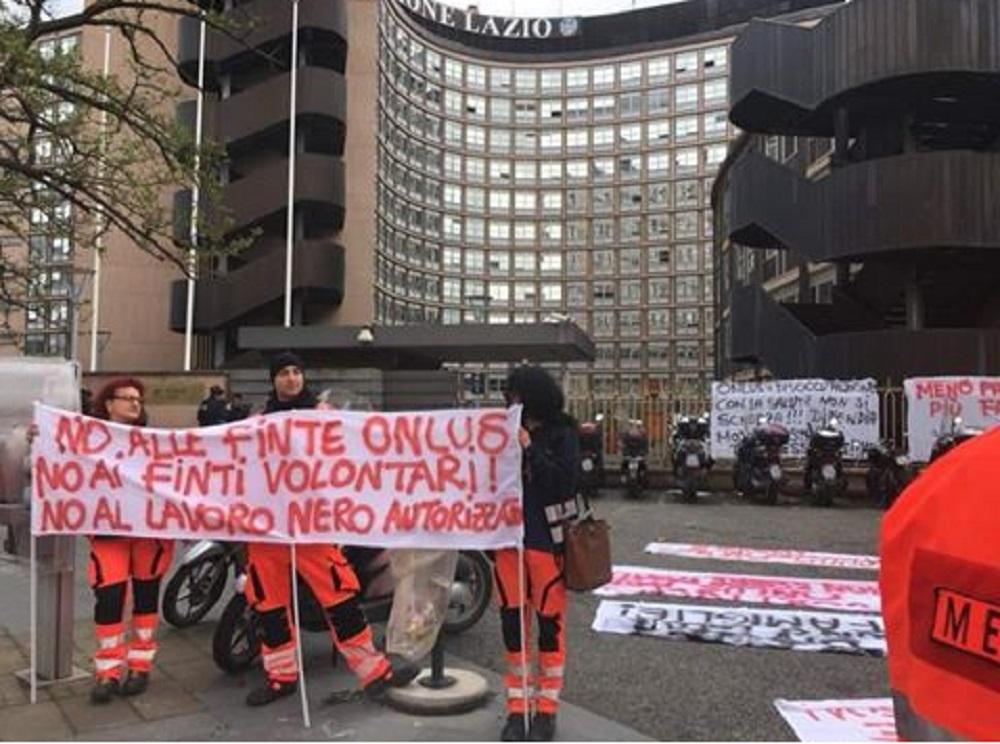 protesta dipendenti ares 118 Viterbo Rieti 3