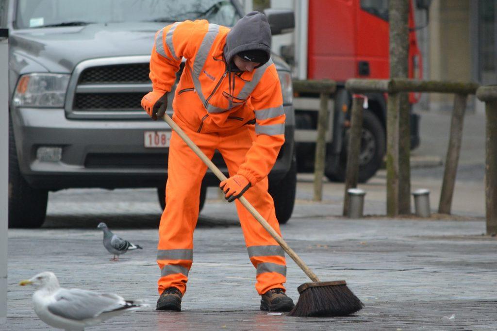 reddito di cittadinanza obbligo lavori pubblica utilità