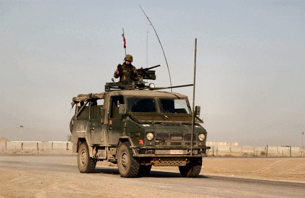 soldati italiani evacuati da base USA in Iraq