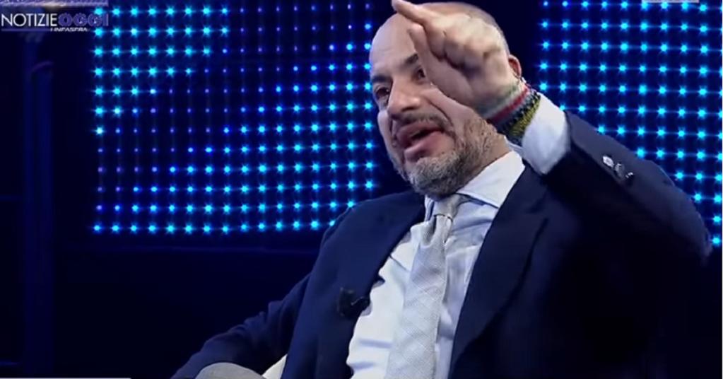 Gianluigi Paragone hanno fatto l'euro per distruggere l'economia italiana