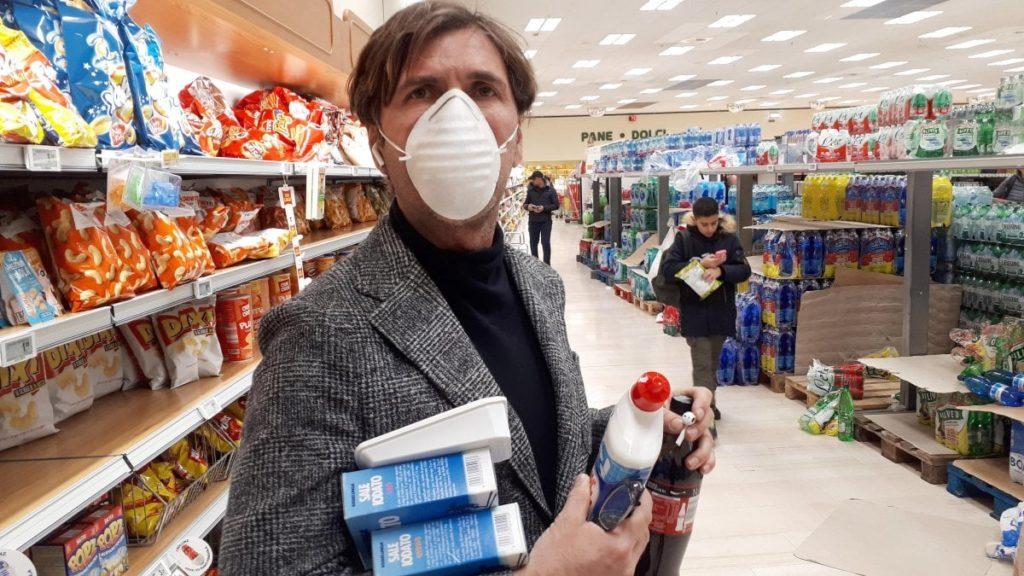 coronavirus prezzi alti amuchina e mascherine