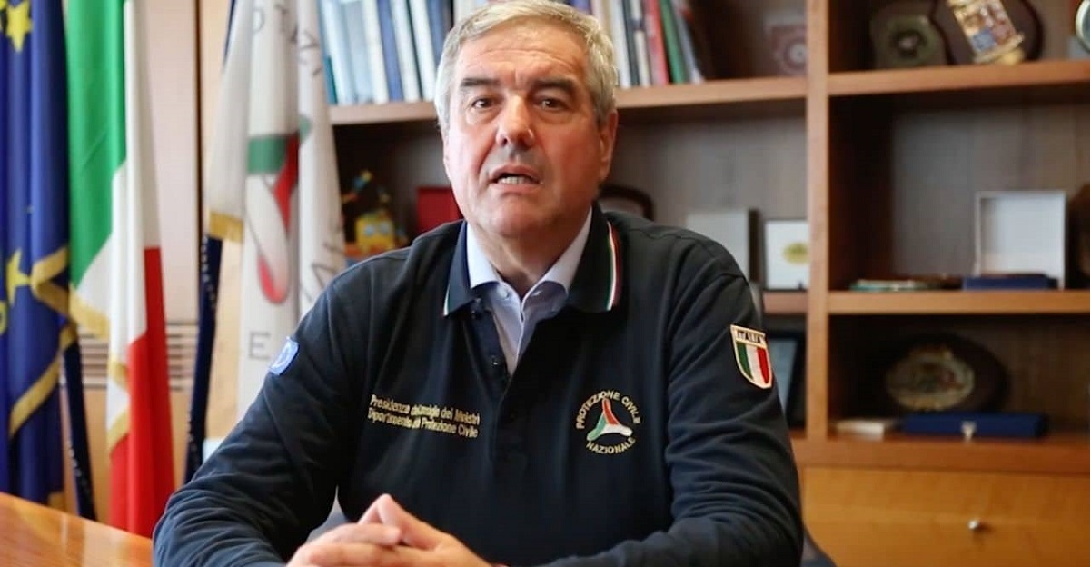 Borrelli: Autocertificazione anche per chi esce a piedi e distanza di sicurezza