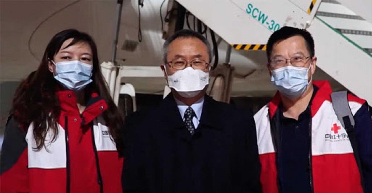 Rimprovero dei medici cinesi in Italia: ancora troppa gente in giro