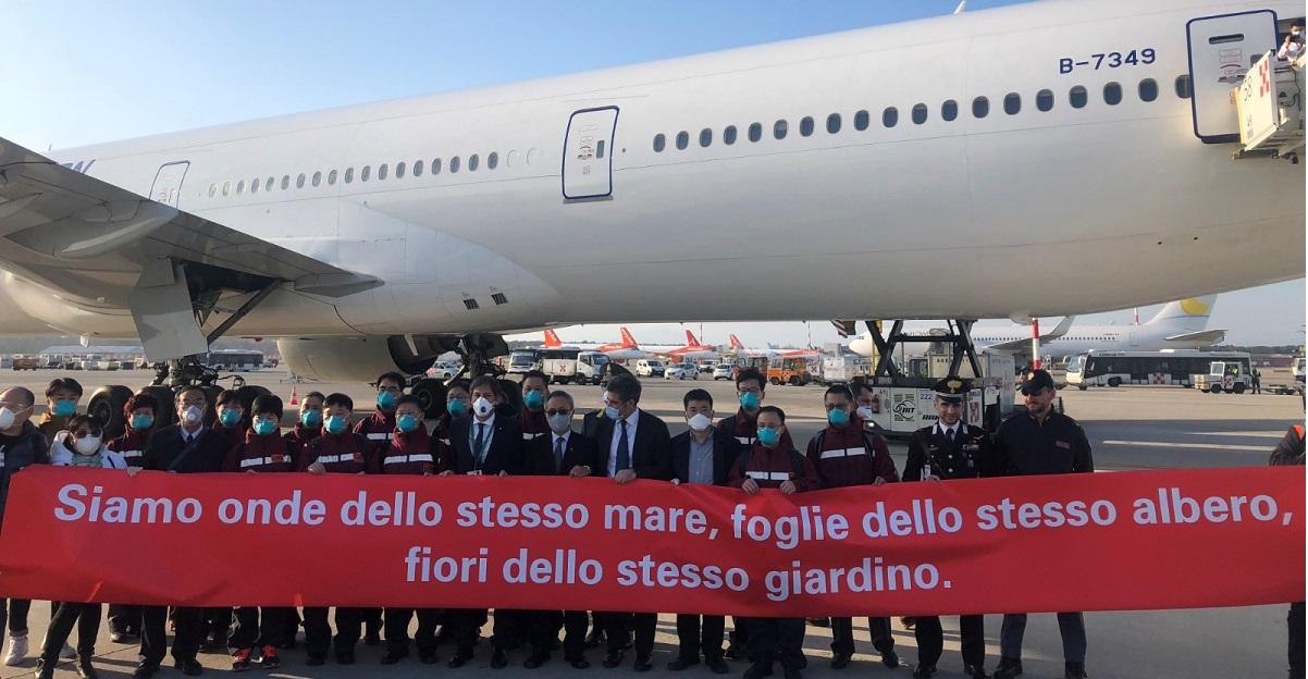 delegazione medici cinesi arrivati in Italia Lombardia