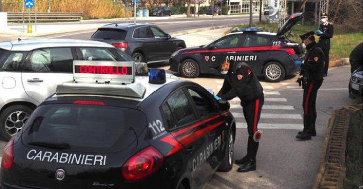 Giovane 17enne va a trovare la fidanzata. Denunciato dai Carabinieri