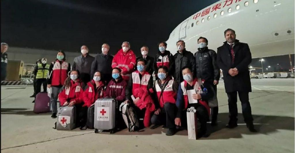 medici cinesi ricoverare pazienti sintomi lievi