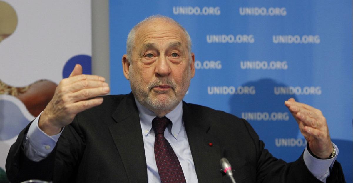 Premio Nobel per l'Economia: l'Italia può uscire dall'euro prima che la Germania la divori