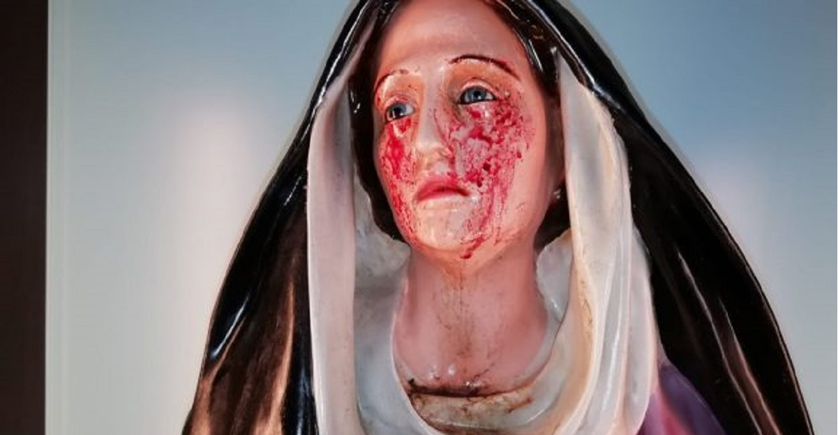 La Madonna di Giampilieri è tornata a piangere.  Lacrime di sangue per il coronavirus?
