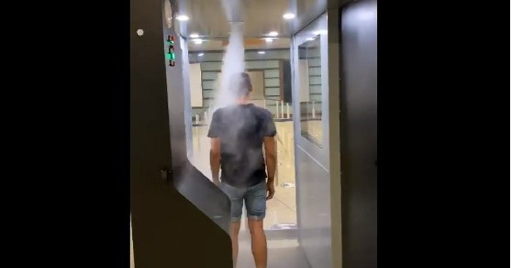 cabine anticovid aeroporto capodichino Napoli