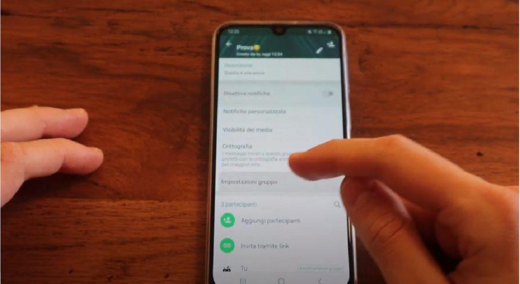 WhatsApp evitare i gruppi